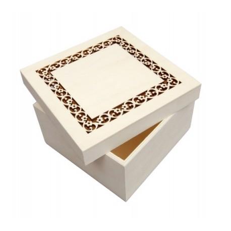 Caja cuadrada con calado
